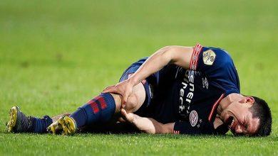 Si bien Lozano mencionó que no presenta daños en el ligamento de la rodilla, el PSV no informó qué fue exactamente lo que sufrió el Chucky