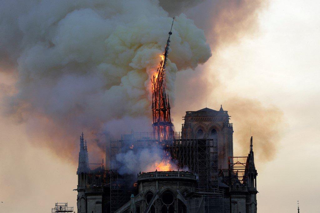 El pico de la Catedral estaba bajo un proyecto de renovación de 6 millones de euros (6.8 millones de dólares)