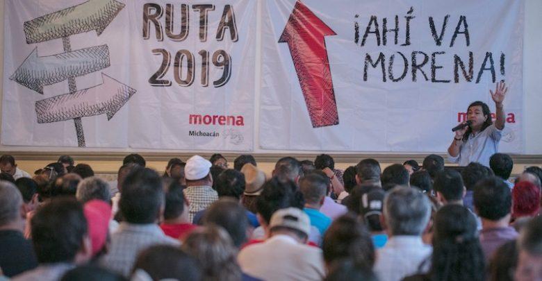 En Lázaro Cárdenas y Apatzingán se desarrollan las primeras Asambleas Municipales