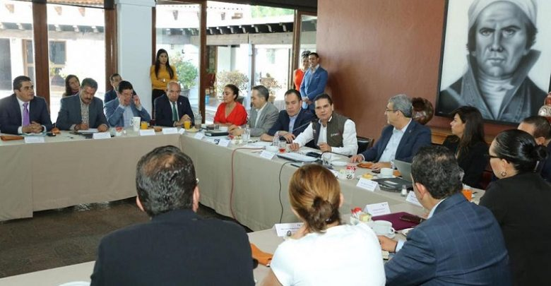 Aureoles Conejo instruyó a los titulares de las dependencias involucradas, a seguir trabajando coordinados para que Michoacán sea referente nacional en estos proyectos