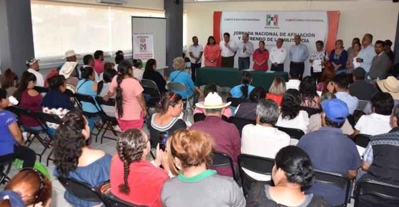 Jesús Luna Morales, líder estatal de la organización entregó 20 mil constancias de reafiliación